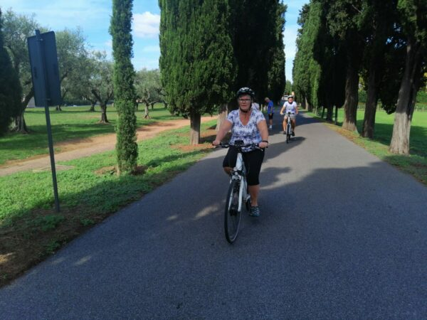 Bicycl-e Bike & Yoga Tour